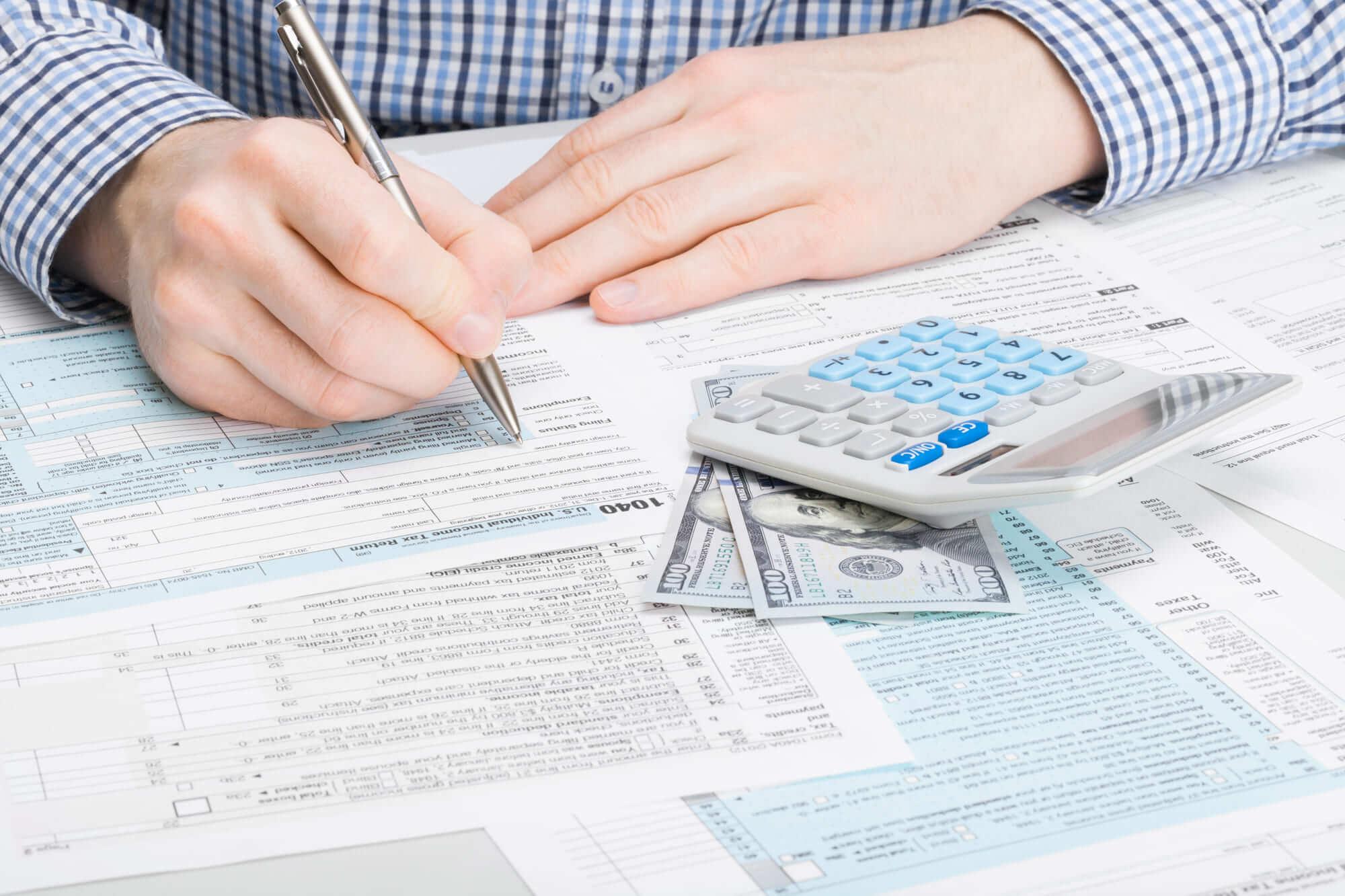 calcula los impuestos